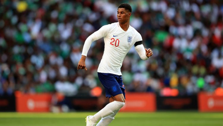 Marcus Rashford saat membela Timnas Inggris melawan Nigeria jelang Piala Dunia 2018. Copyright: © INDOSPORT