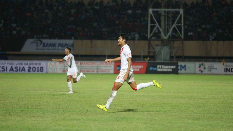 Abdul Rahman berlari merayakan golnya ke gawang Persipura Jayapura pada pekan ke-12 Liga 1 2018. Copyright: © Media PSM Makassar