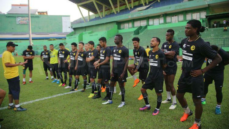 Skuat Sriwijaya FC sudah mulai berlatih jelang hadapi Barito Putera di pekan ke-13 Liga 1 2018. Copyright: © Muhammad Effendi/INDOSPORT