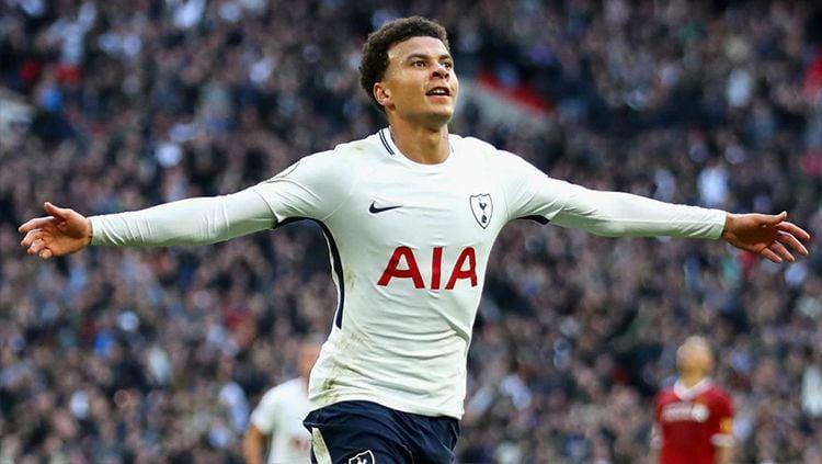 Pemain sepak bola Tottenham Hotspur yang tak diandalkan Jose Mourinho, Dele Alli, bisa menjadi jawaban atas masalah lini tengah Inter Milan. Copyright: © Getty Images