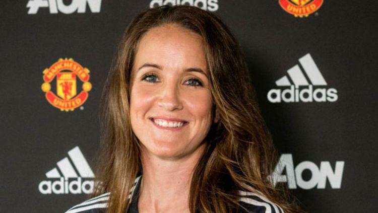 Casey Stoney resmi ditunjuk sebagai pelatih tim wanita Manchester United. Copyright: © Getty Images