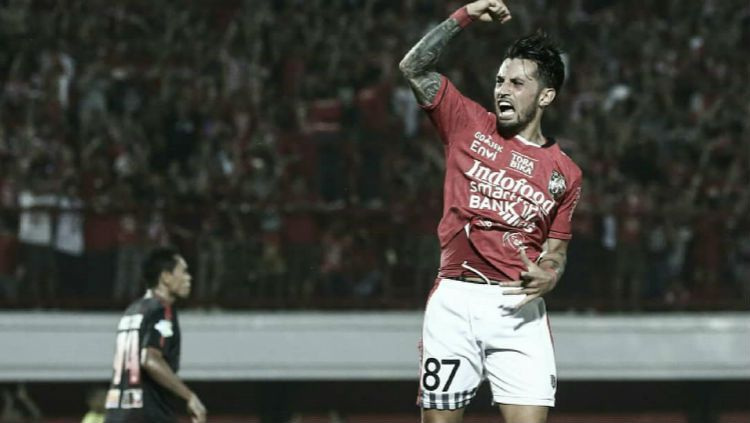 Bintang Timnas Indonesia, Stefano Lilipaly. Copyright: © EPA/Luong Thai Linh