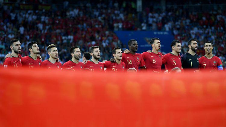 Timnas Portugal turut membantu para tim dan kompetisi amatir yang terdampak pandemi corona. Copyright: © Getty Images