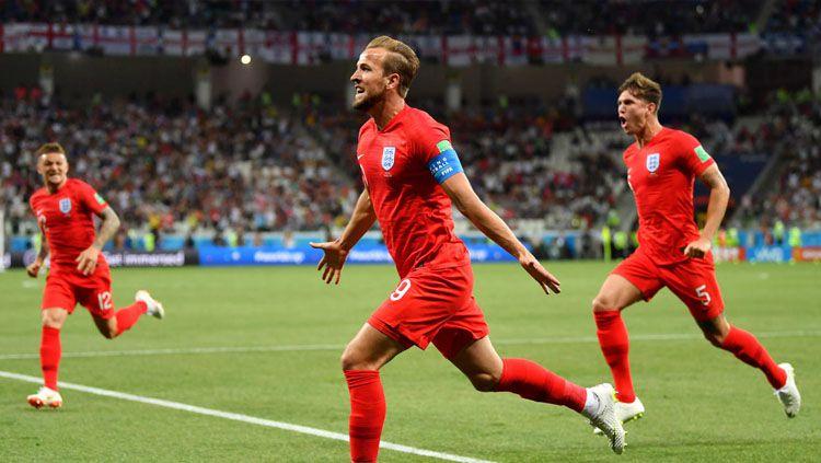 Selebrasi Harry Kane setelah membuka keunggulan Inggris atas Tunisia di piala Dunia 2018. Copyright: © FIFA.com