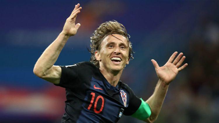 Kapten Timnas Kroasia, Luka Modric usai mencetak gol ke gawang Argentina pada laga kedua Grup D Piala Dunia 2018. Copyright: © fifa.com