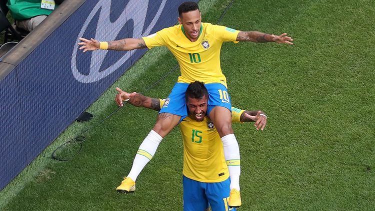 Neymar merayakan gol pembuka yang dicetaknya ke gawang Meksiko. Copyright: © Getty Images