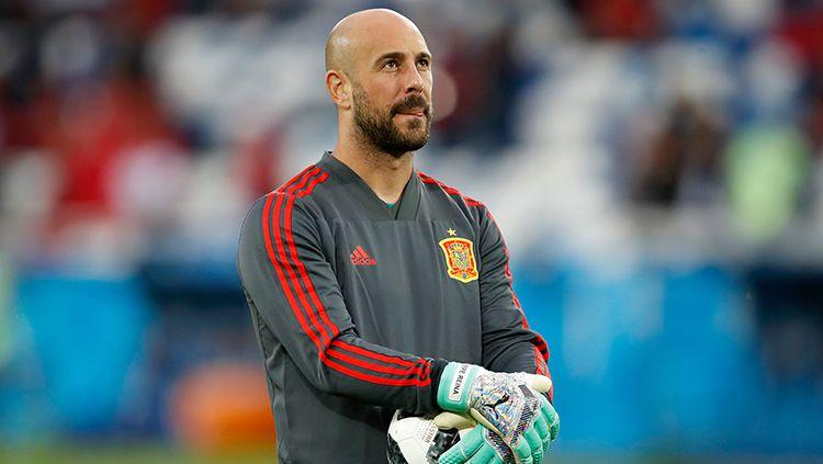 Pepe Reina, kiper AC Milan yang juga sempat memperkuat Timnas Spanyol. Copyright: © Getty Images