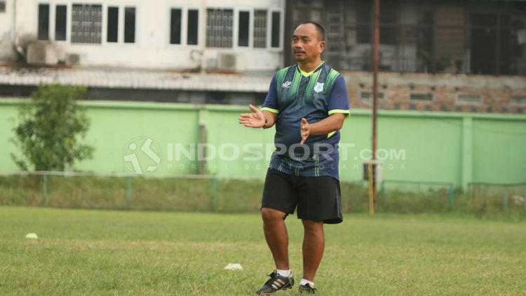 Nimrot Manalu, pelatih fisik PSMS Medan. Copyright: © Kesuma Ramadan/INDOSPORT