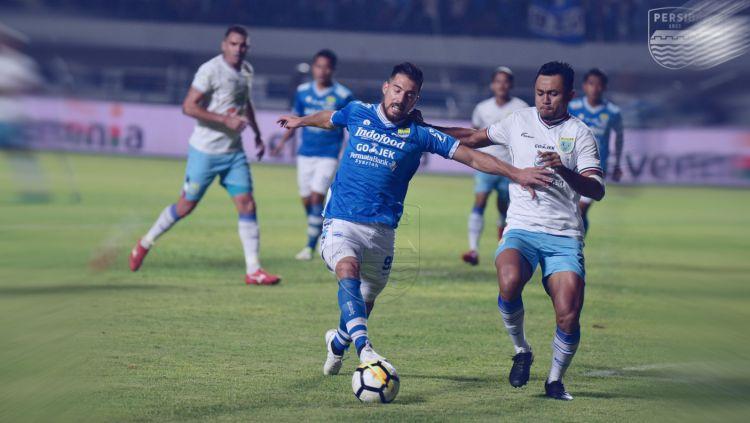 Persib Bandung vs Persela Lamongan Copyright: © Twitter@persib