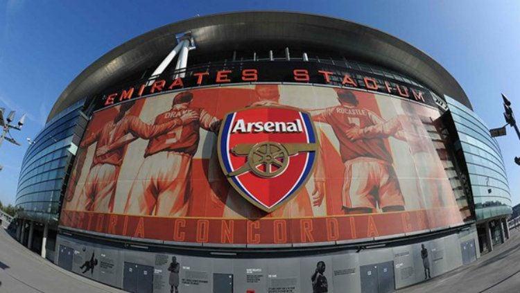 Emirates Stadium markas besar Arsenal. Copyright: © Buyagift