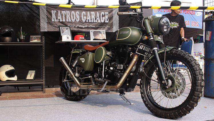 Bengkel custom motor, Katros Garage langganan tempat modifikasi dari Gibran Rakabuming Raka. Copyright: © Dimas Ramadhan/INDOSPORT