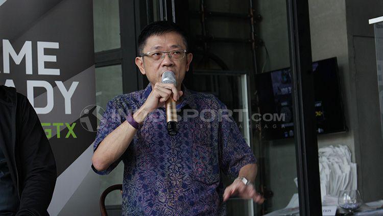 Ketum IESPA, Eddy Lim mengomentari medali perak yang diraih Timnas Mobile Legends Indonesia di ajang SEA Games 2019. Copyright: © Dimas Ramadhan/INDOSPORT