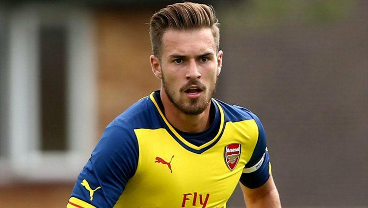 Arsenal kabarnya mengincar pemain muda Real Madrid untuk mengisi kekosongan yang akan ditinggalkan Aaron Ramsey. Copyright: © ArsenalFanTV.com