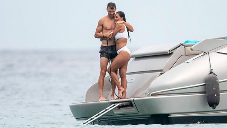 Nicole Scherzinger dan Grigor Dimitrov saat liburan. Copyright: © www.dailystar.co.uk