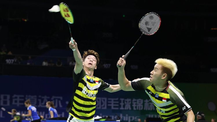 Kevin/Marcus saat tampil di ajang World Championships 2018. Copyright: © Badminton Indonesia