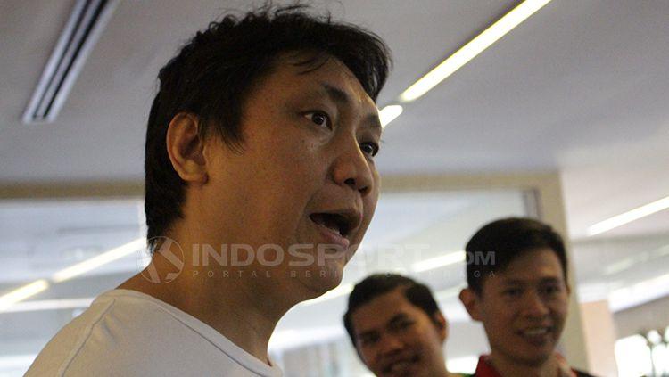Fictor Gideon Roring, pelatih Pelita Jaya Jakarta. Copyright: © Dimas Ramadhan/INDOSPORT