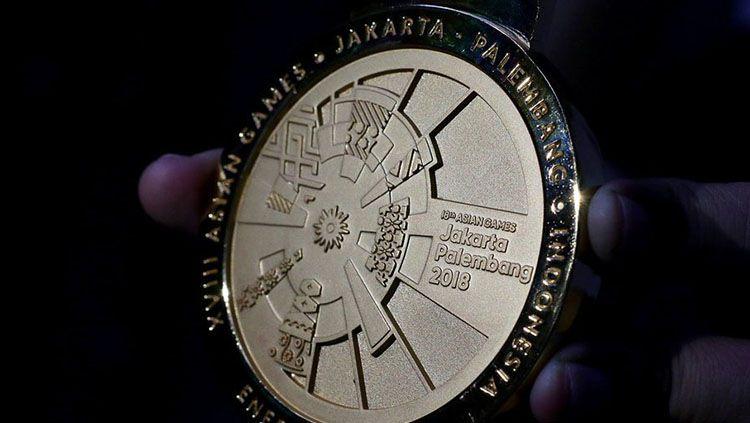 Corak batik di medali Asian Games 2018. Copyright: © Antara Foto