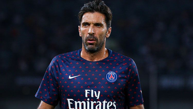 Gianluigi Buffon, Kiper PSG. Copyright: © INDOSPORT