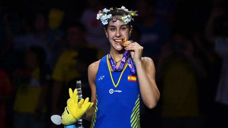 Carolina Marin jadi juara dunia 2018. Copyright: © JOHANNES EISELE/AFP/Getty Images