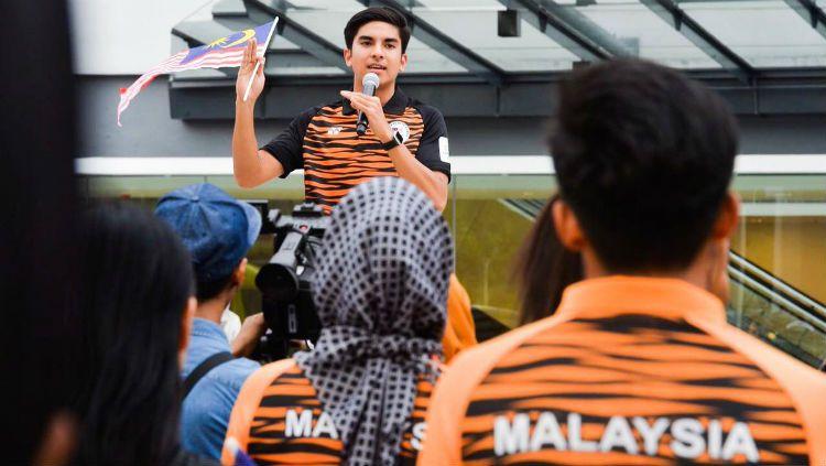 Menpora Malaysia, Syed Saddiq memberikan respons saat menanggapi suporter Timnas Indonesia dikeroyok di Malaysia. Copyright: © Twitter.com/SyedSaddiq