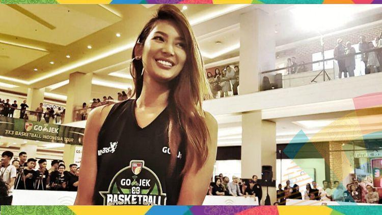 Maria Selena jadi salah satu tokoh yang memeriahkan kirab obor Asian Games 2018 di Jakarta. Copyright: © Instagram/Maria Selena