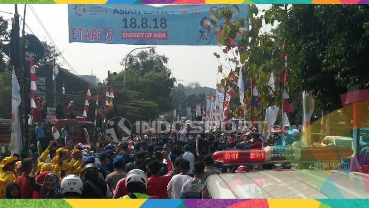 Torch Relay Asian Games di Jakarta. Copyright: © Arif Yahya/INDOSPORT