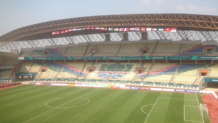 Potret Stadion Wibawa Mukti, Cikarang. Copyright: © Wahyu Septiana/INDOSPORT