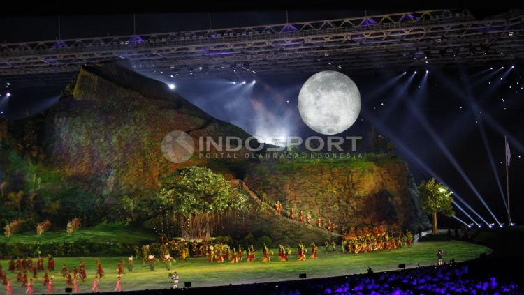 Kemeriahan Opening Ceremony Asian Games 2018. Copyright: © INDOSPORT/Herry Ibrahim