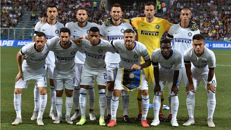 Skuat Inter Milan saat menghadapi Sassuolo. Copyright: © Getty Images