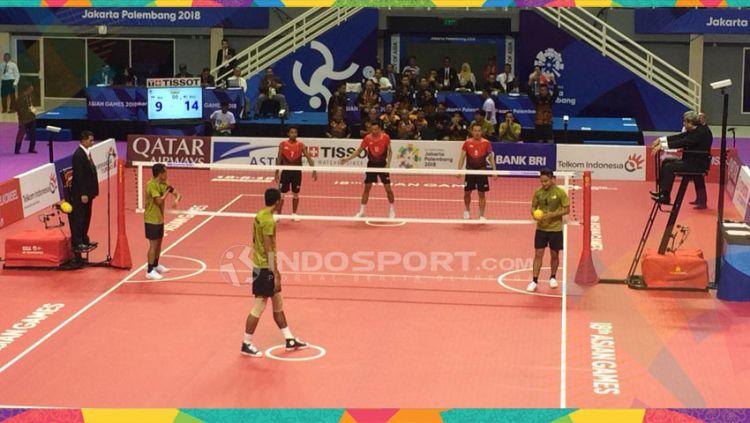 Sepak takraw Indonesia kalah dari Malaysia di semifinal dan mendapat perunggu. Copyright: © Lanjar Wiratri/Indosport.com