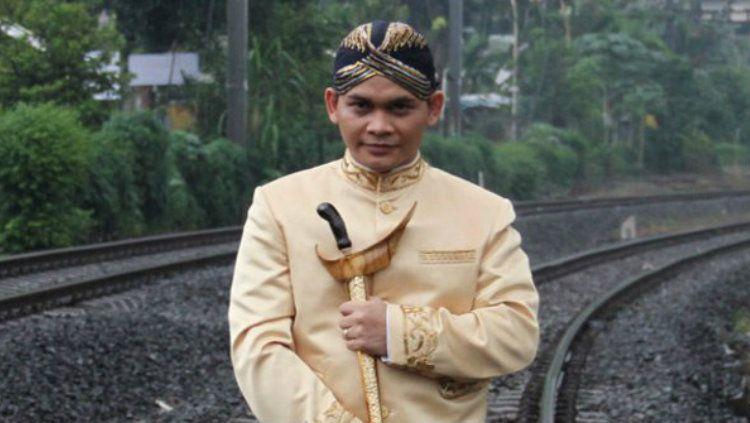 Paranormal kawakan Indonesia Mbah Mijan berkata akan suatu hal terkait emas Indonesia pada gelaran SEA Games 2019. Copyright: © Kapan Lagi/Sahal Fadli