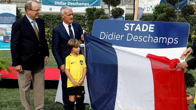 Didier Deschamps jadi nama Stadion Copyright: © Reuters