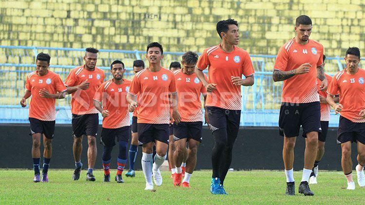 Suasana latihan pemain Arema FC. Copyright: © Ian Setiawan/INDOSPORT