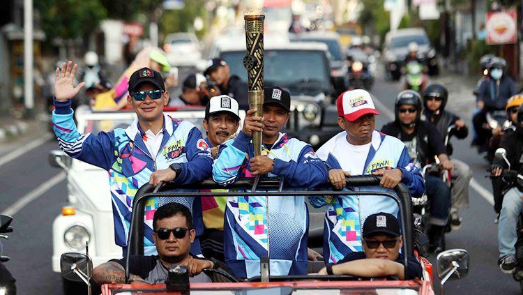 Pawai Obor Asian Para Games 2018 di Denpasar, Bali. Copyright: © Hermansyah/INAPGOC