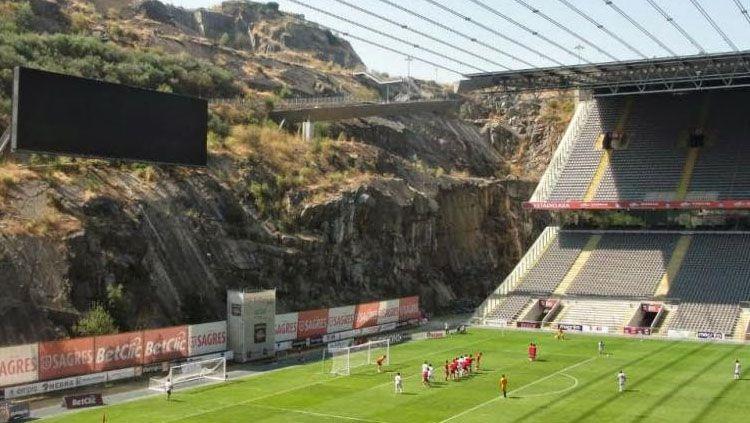 Termsuk Municipal de Braga, berikut deretan stadion yang lolos seleksi untuk kembalinya Liga Portugal setelah corona. Copyright: © Pinterest