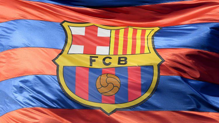 Para pemain sepak bola raksasa LaLiga Spanyol, Barcelona, bakal ketiban sial lantaran pihak klub berencana untuk memangkas gaji mereka akibat virus corona. Copyright: © INDOSPORT