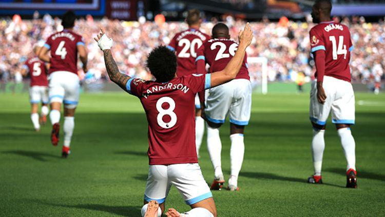 Aksi selebrasi Felipe Anderson, pemain West Ham Unitd, usai cetak gol. Copyright: © Getty Images