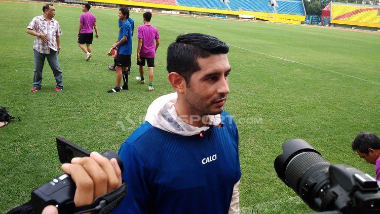 Esteban Vizcarra, penyerang naturalisasi di Sriwijaya FC. Copyright: © Muhammad Effendi/Indosport.com