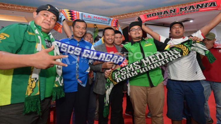 Pertemuan Menpora dengan Stekholder Sepakbola Indonesia. Copyright: © Herry Ibrahim/INDOSPORT