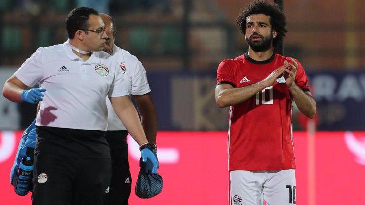 Mohamed Salah saat memperkuat Timnas Mesir. Copyright: © thesun.co.uk