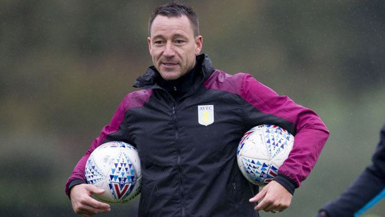 John Terry, asisten pelatih Aston Villa Copyright: © Sky Sports