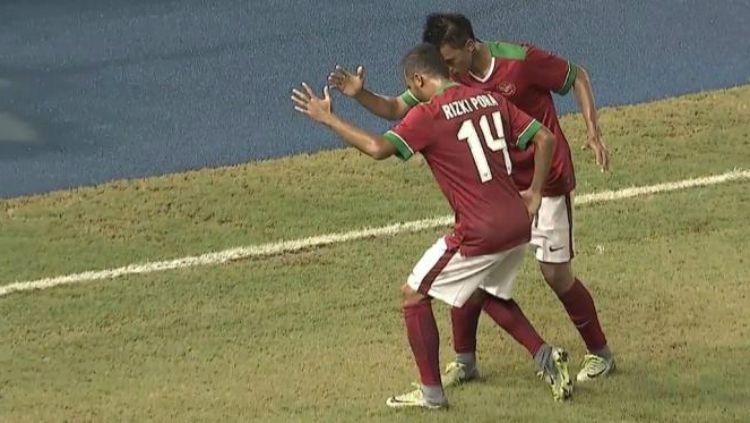 Selebrasi gol Lerby saat menjamu Thailand di Piala AFF Copyright: © jpnn