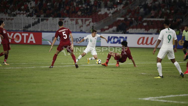 Qatar U-19 vs Indonesia U-19 Copyright: © Herry Ibrahim/Indosport.com