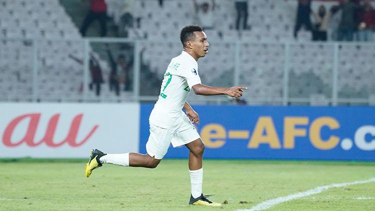 Todd Rivaldo Ferre mencetak tiga gol untuk Timnas Indonesia U-19 saat melawan Qatar U-19. Copyright: © AFC