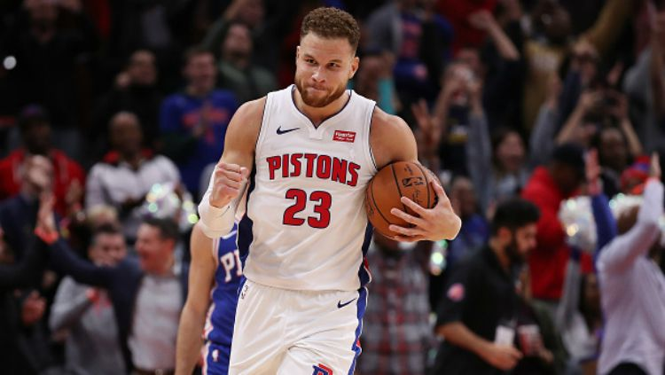 Blake Griffin selebrasi dalam laga NBA Detroit Pistons vs Philadelphia 76ers. Copyright: © Getty Images
