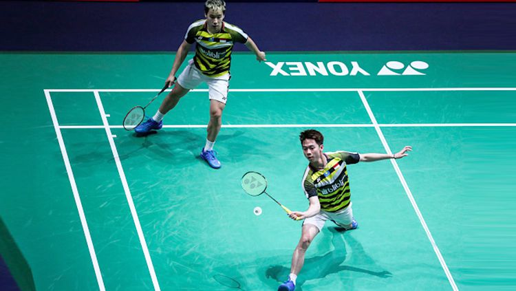 Kevin Sanjaya/Marcus Gideon saat tampil di French Open 2018. Copyright: © Getty Images/Shi Tang