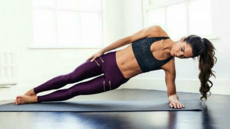 Ilustrasi workout di rumah. Copyright: © fitgirlcode