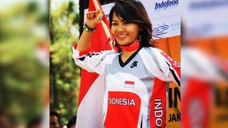 Risa Suseanty Wong saat juara balap sepada. Copyright: © risasuseanty