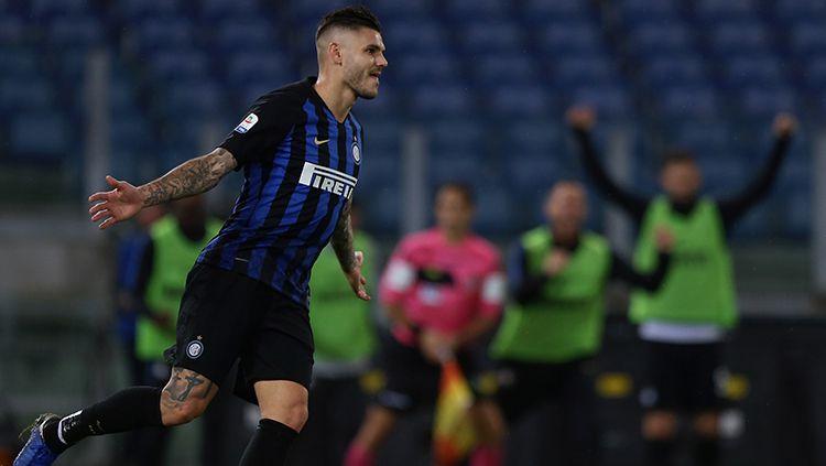 Mauro Icardi berselebrasi usai mencetak gol ke gawang Inter Milan. Copyright: © Getty Images/Paolo Bruno