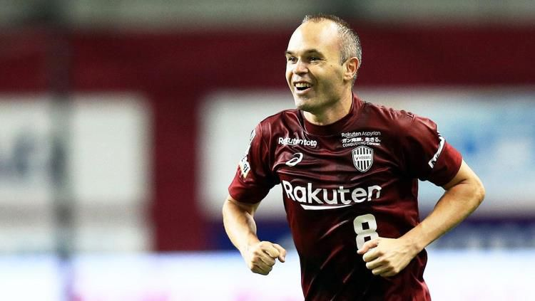 Andres Iniesta yang kini berseragam Vissel Kobe. Copyright: © Sports Illustrated